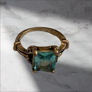 PRETTY AQUAMARINE RING SIZE 8.